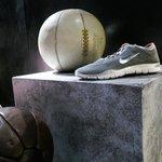 ナイキ、最年少12歳でコレクションデビューした注目デザイナーと新コラボ発表 http://t.co/R4ErSn1iiZ #NikeWomen http://t.co/rKA8O2JWXP