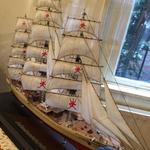 RT @al_wisal: مجسم لسفينة شباب عمان الجديدة التى انطلقت مؤخراً من هولندا في طريقها لسلطنة عمان الحبيبة نقلا عن/ @AAlkharoosi http://t.co/rFsCeiJ4Pp