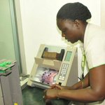 RT @DailyMonitor: Technological advances pose new risks in banking: http://t.co/Ru6Fx4qZ01 http://t.co/jnq9Fgs3oW