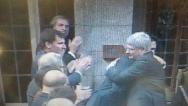 Extraordinary moment: @pmharper hugs @justintrudeau. And the PM initiated it. One Ottawa today. #cdnpoli http://t.co/nL05UdnJAK