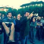 RT @DikenComTr: VİDEO | Validebağ protestosunda Av. Can Atalay dahil beş kişi darp edilerek gözaltına alındı http://t.co/1IC3Mn13E0 http://t.co/xHaClZV4RK