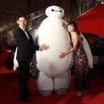 [写真]菅野美穂がベイマックスにギュッ!東京国際映画祭レッドカーペット写真ギャラリー<その2> http://t.co/uuv4OTEbmZ http://t.co/jOtm9z8PRC