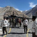 PM Shri @narendramodi arrives at Siachen Base Camp during his surprise visit to Siachen http://t.co/w8m7uQSBAH