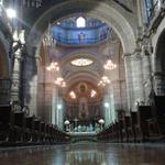 """RT """"@mailinavila:Comparto con ustedes un hermoso plano general del interior de Basilica Menor de #Mérida http://t.co/9Mrx8IznDg"""""""