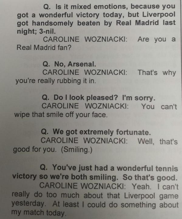 Mr @ASTJWhitelaw being cheeky with @CaroWozniacki at the press conference. Heh. #WTAFinals http://t.co/sHHo8JLN6J