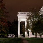 Alleged White House fence jumper accused of kicking dog. http://t.co/3C1W9c2fKO http://t.co/v2YO4qvI2d