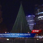 More #holiday decorations will be delivered to downtown #Milwaukee today. @BennyHutch has a LIVE report at 6:40am. http://t.co/pltdfotTFz