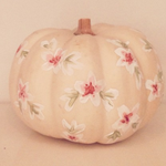 10 of the cutest painted pumpkins youll ever see, from @LaurenConrad, @psimadethis, + others: http://t.co/wZwJOjTTOB http://t.co/KEKETn63wj