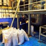 RT @StancillBrewery: Simon doing his favourite job! #sheffieldpilsner #Sheffideldissuper #BarnsleyIsBrill #digin http://t.co/6882LZCw8O