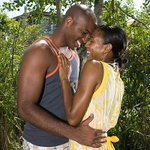 """Zimbabwe university students oppose """"no kissing"""" rule http://t.co/tvaFPTl64Y #nokissing http://t.co/SeaP3WbT5R"""