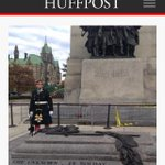 RT @GigiGraciette: Minutes before being killed in #OttawaShooting a tourist took last pic of Cpl Nathan Cirillo http://t.co/Qr61bvkfb5 http://t.co/mizYWtcGOR