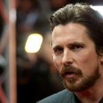 RT @mashable: Aaron Sorkin confirms that Christian Bale will play Steve Jobs in upcoming biopic http://t.co/odT6MNDYNS http://t.co/Id5FKWUgJP