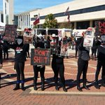 ICYMI, @missouristate protest at homecoming met with shouts, racial slurs. http://t.co/SRMH4ZfE3V http://t.co/tGYSkFQ9JN