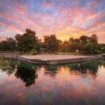 RT @smtxphotos: Sunrise at Sewell Park #smtx #txst http://t.co/ak4PNrKLY9