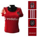 Beşiktaşlı kadınların günlük yaşamda giyebilecekleri, aksesuarla kullanabilecekleri kırmızı formamız mağazalarımızda http://t.co/f0dJGQaE9S