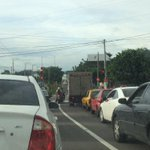 Muy pesado el #tráficoSV llegando a la Gloria @radio102nueve @teledos_tcs http://t.co/5WgkgRVudh