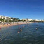 Pendant ce temps-là à #Cannes... @CannesIsYours @VilleCannes http://t.co/8pDpvu1Vla