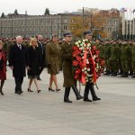 Standing in Warsaw at the Tomb of the Unknown Soldier had a different meaning today. #OttawaStrong #GGPol http://t.co/0rXPiPuloq