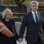 RT @premierministre: Les pensées et les prières du Canada vont à la famille du Caporal Cirillo en cette période extrêmement difficile. http://t.co/cMBNQasbzI