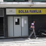 RT @JornalOGlobo: Beneficiária recebe SMS com ameaça velada de que Aécio acabará com Bolsa Família. http://t.co/Sun2aVwbqY http://t.co/KEHKz5PDBE