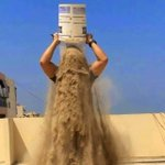 RT @DilmaRousselfie: Ai que dó em SP o desafio do gelo virou desafio do balde de areia #13rasilTodoComDilma http://t.co/JNkUIoiseL