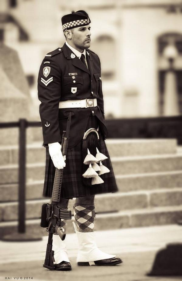 Beautiful photo of Cpl Nathan Cirillo taken last Sunday. Photo credit Hai Vu #cdnpoli #ottnews http://t.co/1VY25RRjJl
