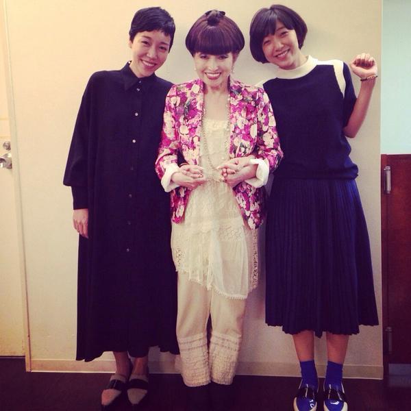 11月6日(木)12時は「徹子の部屋」! 安藤桃子&安藤サクラ、姉妹で登場します〜ん!!徹子さん、最高にステキ。大尊敬の徹子さんはキラキラ妖精。 http://t.co/GGvfofnR8J
