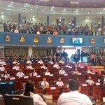 """RT @AsambleaSV: #EnDesarrollo Sesión Plenaria Especial """"Diputada y Diputado por un Día"""". http://t.co/7khyiOEsHX"""