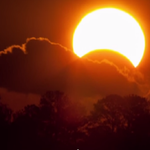 RT @NASA: The moon will pass in front of the sun today for a partial solar eclipse. Details: [video] http://t.co/dDYPAtV4UF http://t.co/64FbqMXZOy