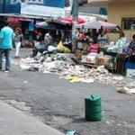 RT @prensagrafica: Víctor Ramos comparte una imagen de la basura en el centro de Mejicanos vía #WhatsAppLPG http://t.co/VSjwxm9Y9A