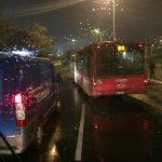Stada varamayanlar var, otobüslerde yüzlerce Beşiktaş taraftarı Partizan Stadına akıyor. #BeşiktaşİçinPARTİZAmaNı http://t.co/EYolHz1zt0