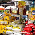 RT @cosmovalencia: #Venezuela Buhoneros crean redes para revender alimentos http://t.co/QrTGwm11hq #23O http://t.co/gtx9WItWpi