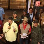 #FOTO @NicolasMaduro: nosotros vamos de enfrente contra el contrabando http://t.co/oPOFCmwQB4