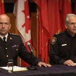 Attentat à Ottawa: Zehaf-Bibeau nétait pas étroitement surveillé par la GRC http://t.co/tySSAkyw1j http://t.co/o5y77Bk5cX