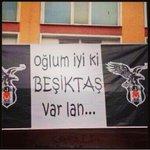 Olm iyi ki Beşiktaş var lan.. #BeşiktaşİçinPARTİZAmaNı http://t.co/QJmLAWZjYC