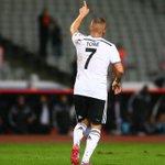 RT @Besiktas: |GOOOOOOOOOOLLLL| Partizan:0 Beşiktaş:4 (Dk.54 Gökhan Töre) http://t.co/IbUIqxfmir