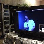 Si impara un sacco studiando la prima prova generale in camerino. :)) Notte a tutti! #logicotour2014 http://t.co/XHpQATAnhe