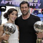 Who is excited for @Meryl_Davis and @MaksimC to reunite on the dance floor? http://t.co/4HHsxfTUGP
