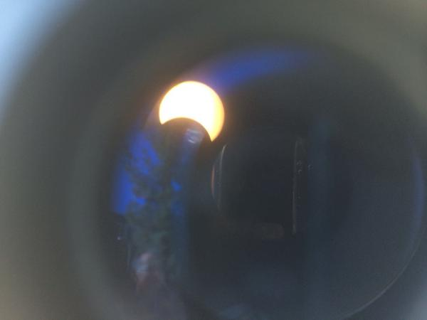 The #eclipse via a telescope here at @NASAJPL http://t.co/5wU3BLF1X2