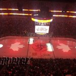 The #NHL shows support for Canada with this amazing tribute http://t.co/7GRdLFMvwd