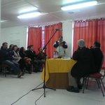 Presidente de Centro de Padres Altos del Mckay expone al senador Carlos Bianchi dudas sobre #ReformaEducacional http://t.co/Y6wfHL0Cqr