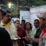 RT @JacquelinePSUV: FOTOS | Pdte @NicolasMaduro encabeza lucha contra el contrabando y el acaparamiento #MaduroEnLaBatallaEconomica http://t.co/j4HOiYWBpN
