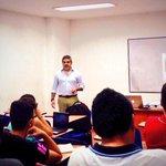 RT @heterodoxiac: En este momento nuestro consultor @RMuzzin orienta modulo Comunicación 2.0 en diplomado en #MarketingPolítico #Cúcuta http://t.co/VMT2C5ertN