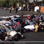 RT @lajornadaonline: #GALERÍA. Movilizaciones de universitarios por #AyotzinapaSomosTodos http://t.co/kYXzbmilqv http://t.co/P1g0kuEe12