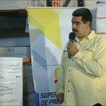 .@NicolasMaduro va en camino de convertirse en una @juanbarretoc .. Parece un pipote ! http://t.co/hFFM6h2kir