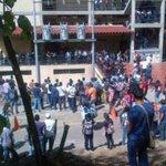 Matan a tiros al presidente de federación de estudiantes de la Unerg http://t.co/jGtptQNTcs http://t.co/AOxZzZH2H7