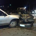 RT @cronicacuenca: Accidente en Rancho Alegre Corsa y camioneta, #CTE informa presuntamente chofer de camioneta estaba ebrio @mercurioec http://t.co/K4k0KmLZKT