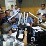 RT @alcileneblog: Camilo é bom de debate. Olhem na foto a pressão q estava ontem na Diário. Mesmo assim, Camilo matou a pau http://t.co/wcu5EOexwy