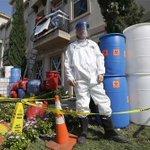 Joven toma al ébola como broma y decora su casa para Halloween. http://t.co/deFQYEWcIp