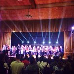 Público de pie aplaudiendo a la gran orquesta de acordeón Checa #saltillo @SaltilloGob @culturasaltillo http://t.co/faQLFOWPzf